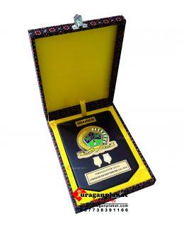 PLAKAT KAYU BOX STANDARAN K45